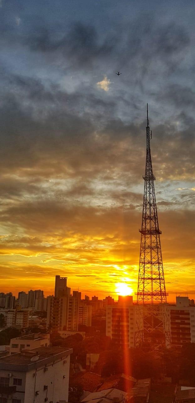 Após recorde de calor, Cuiabá tem previsão máxima de até 41°C durante toda a semana e segue sem chuva