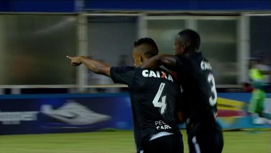 El garçom: Valencia iguala líderes de assistências no Botafogo e tem quatro jogos para quebrar recorde