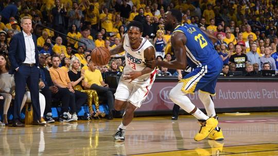 Com Lou Williams tomando conta do jogo, Clippers derrubam Warriors e forçam jogo 6 em L.A.