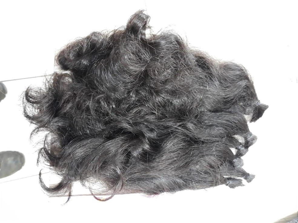 Mechas foram doadas para a confecção de perucas (Foto: Polícia Civil-MT/ Assessoria)