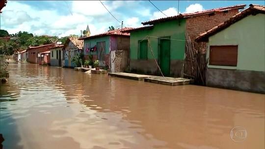 Chuva em parte do Nordeste deixa mais de 3,5 mil desabrigados ou desalojados