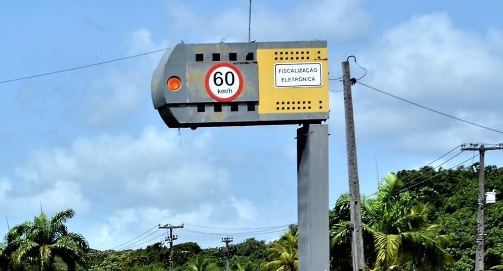 Lombadas eletrônicas foram desligadas em rodovias de Pernambuco, nesta quinta-feira (21) (Foto: DER/Divulgação)