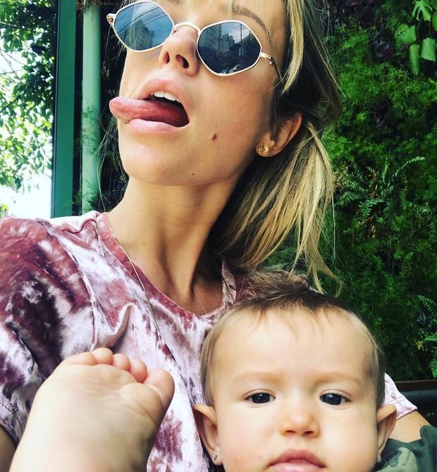 Juliana Didone com a filha (Foto: Reprodução Instagram)
