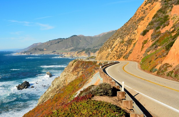 Highway 1 running along Pacific coast in Big Sur state parks in California. (Foto: Getty Images/iStockphoto)