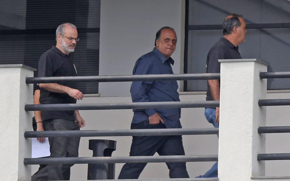 O governador do RJ, Luiz Fernando Pezão, preso pela PF nesta quinta (29) — Foto: Wilton Junior/Estadão Conteúdo