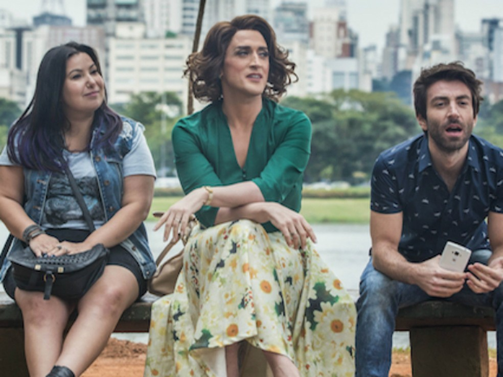 Mariana Xavier (esquerda) em 'Minha Mãe é Uma Peça 2' — Foto: Divulgação