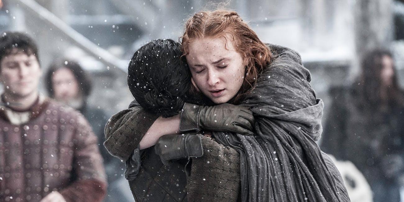 A jovem Stark se reunindo com o irmão Jon Snow  (Foto: Divulgação)