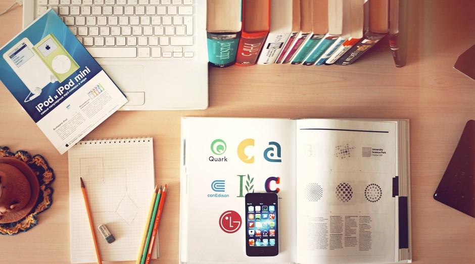 capacitação, curso, livro, escola, biblioteca, cursos, educação, ensino, online, distância (Foto: Reprodução/Pexels)