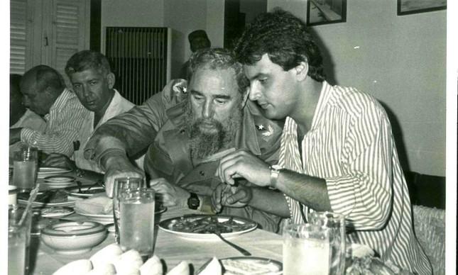 Fidel Castro e Aécio Neves (Foto: Arquivo pessoal)