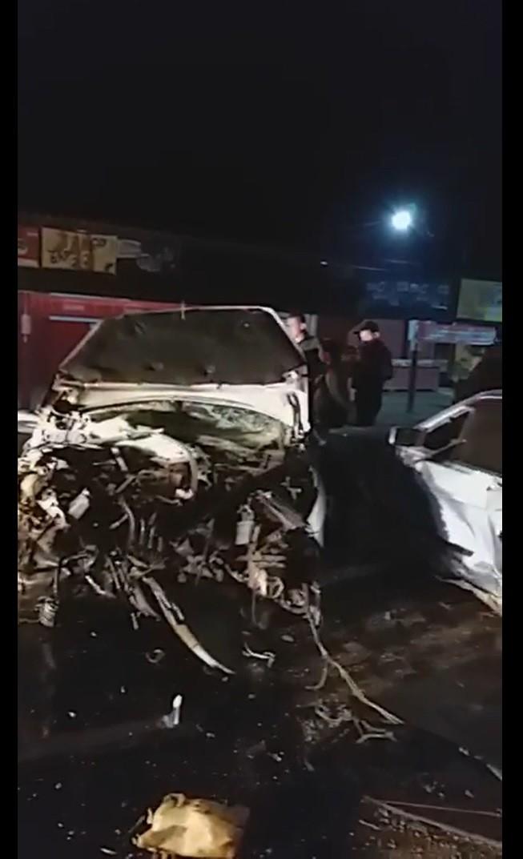 Motorista perde controle de carro, bate em rotatória e tem veículo arremessado por 50 metros em MS