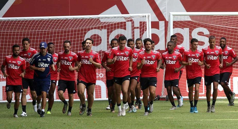 Sem contratações, São Paulo inicia temporada com mais da metade do elenco formado na base