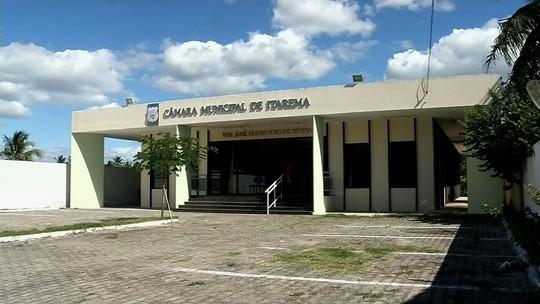 Após prisões de vereadores, Câmara de Itarema empossa suplentes e elege nova mesa diretora