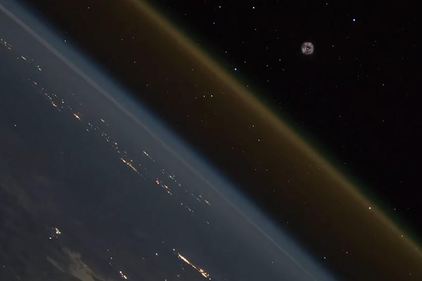 Vídeo feito no espaço mostra lançamento de nave da Terra (Foto: Reprodução/YouTube/ESA)
