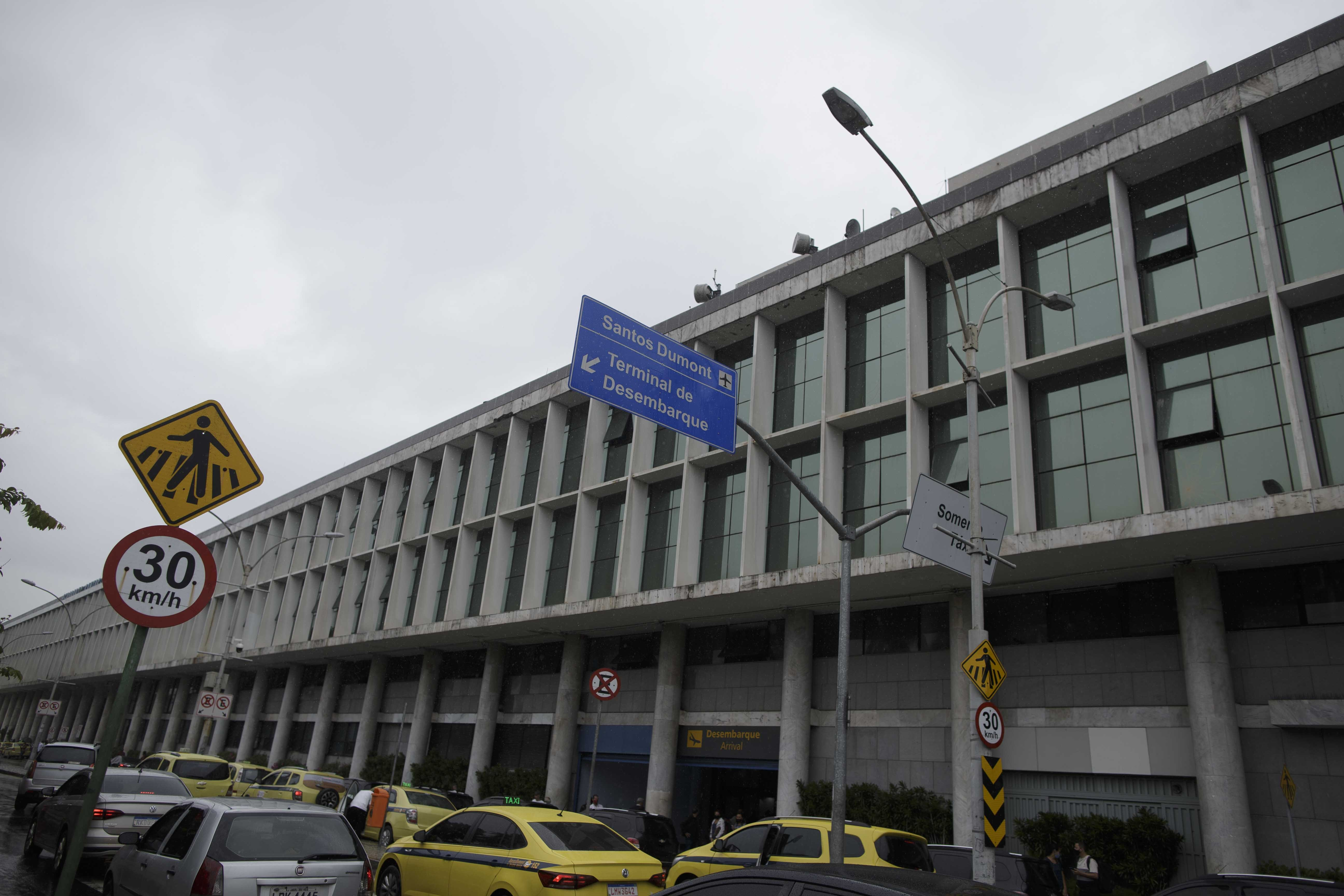 Aeroporto Santos Dumont testa reconhecimento facial na hora do embarque