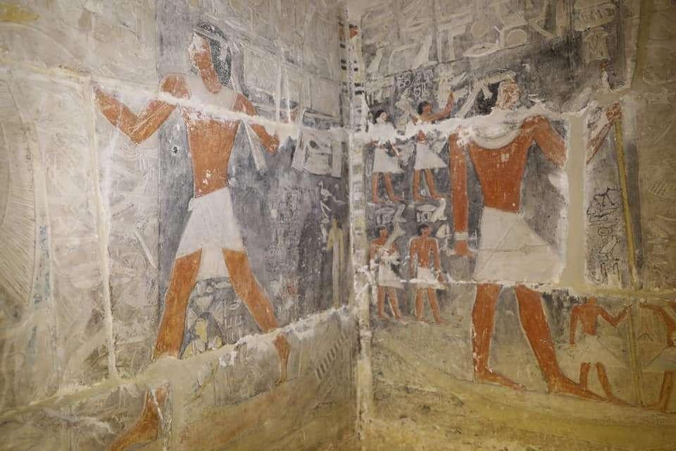 Detalhes do cemitério encontrado no Egito (Foto: Divulgação)
