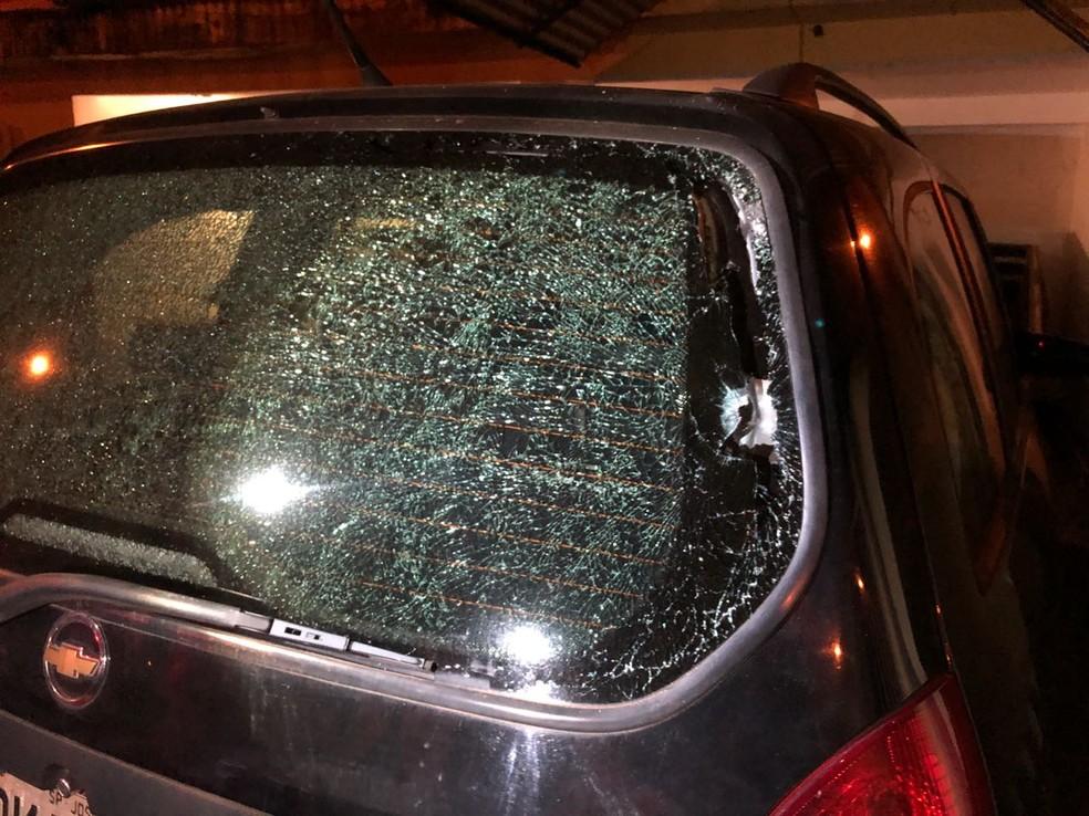 Carro de vereador de José Bonifácio foi atingido por tiros (Foto: Arquivo Pessoal)