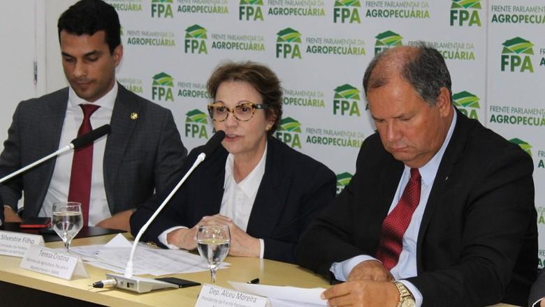 politica-ministra-fpa (Foto: FPA)