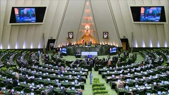 Irã manda mensagem aos EUA: 'não vamos nos intimidar'