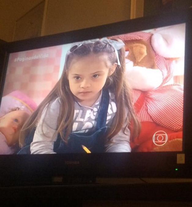 """Joana deu vida à Clarinha, personagem que encantou os telespectadores da novela """"Páginas da Vida"""", exibida em 2006 (Foto: Arquivo Pessoal)"""