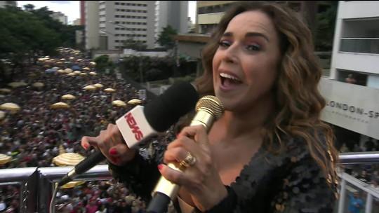 Daniela Mercury encerra carnaval de SP na Consolação