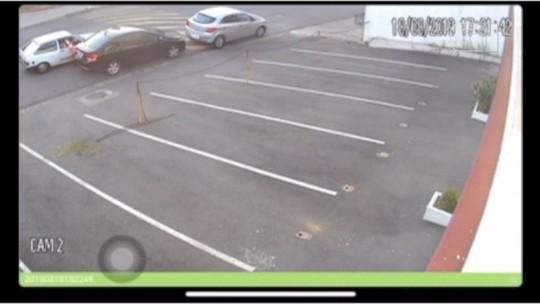 Cone é furtado em frente a igreja em Bragança Paulista; veja