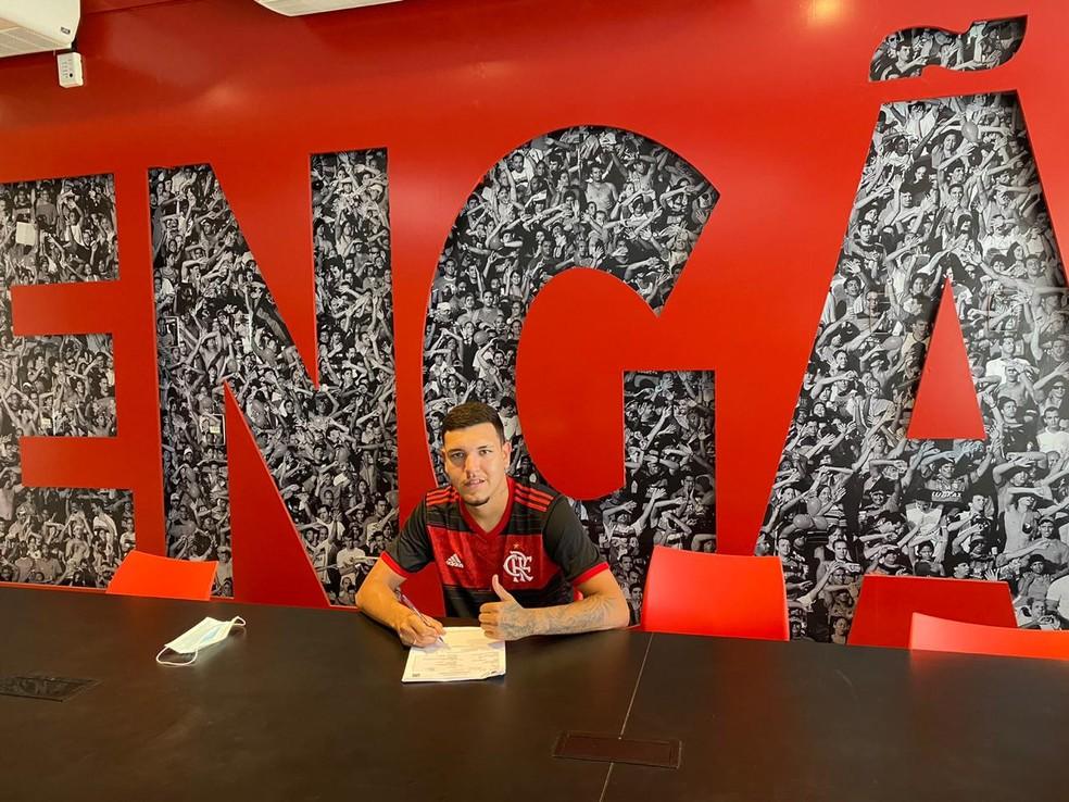 Flamengo contrata destaque do Juventude para reforçar o time sub-20
