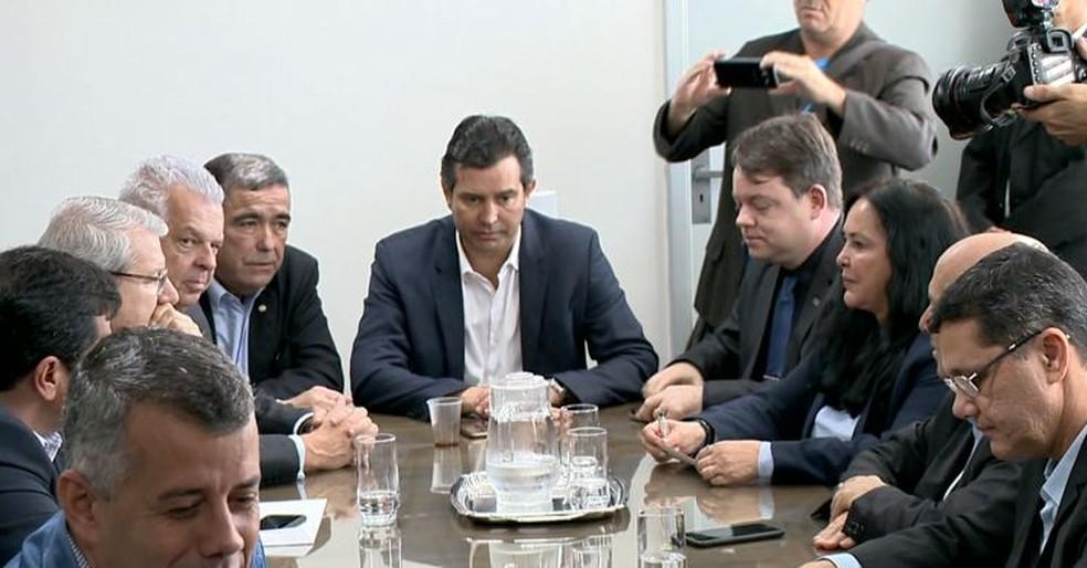 Ministro dos Transportes se reúne com bancada capixaba (Foto: Reprodução/ TV Gazeta)
