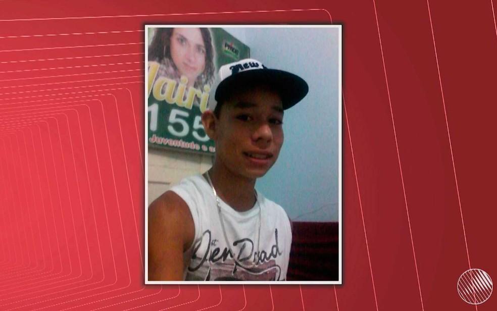 Filho de ex-vereadora morre após ser espancado ao sair de festa em distrito de Itabela, no extremo sul da Bahia (Foto: Reprodução/TV Santa Cruz)