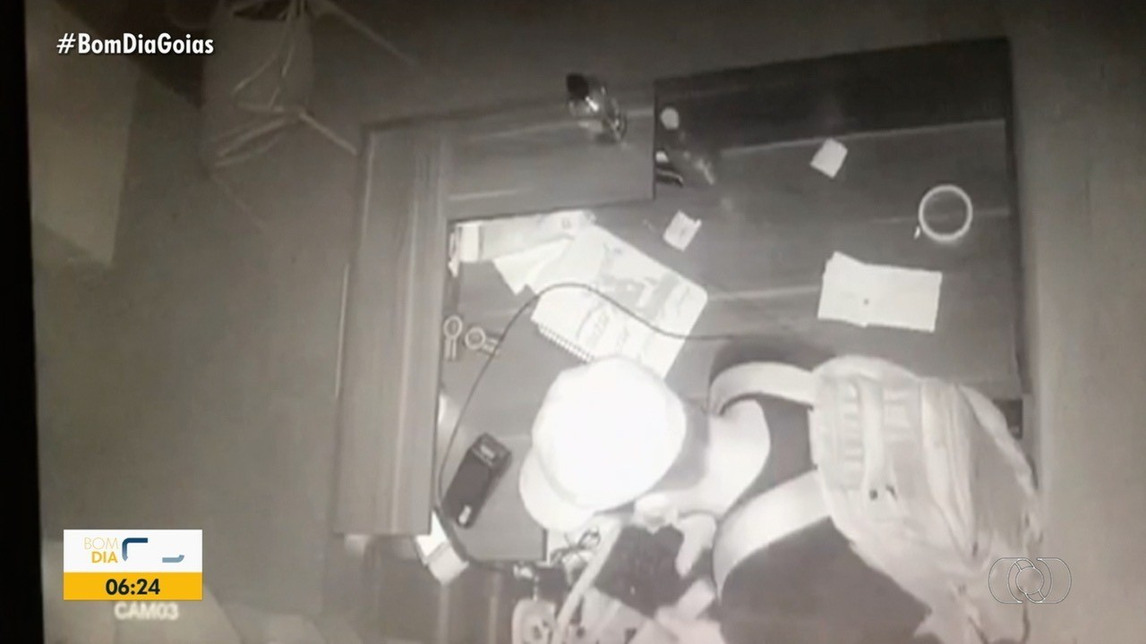 Vídeo mostra furto de eletrônicos em loja de Goiânia