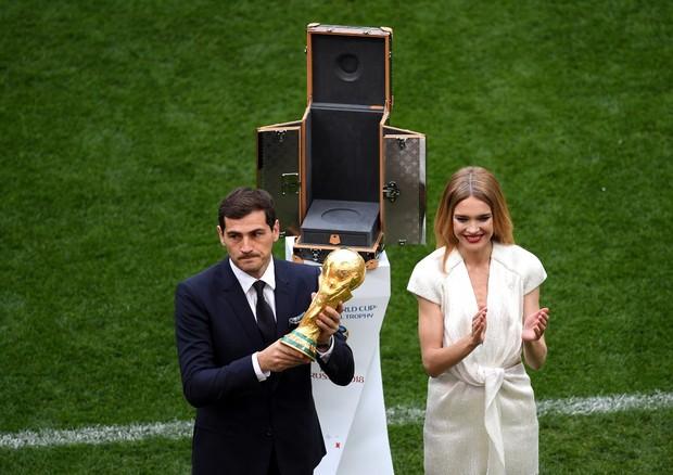 Natalia Vodianova e Iker Casillas (Foto: Getty)