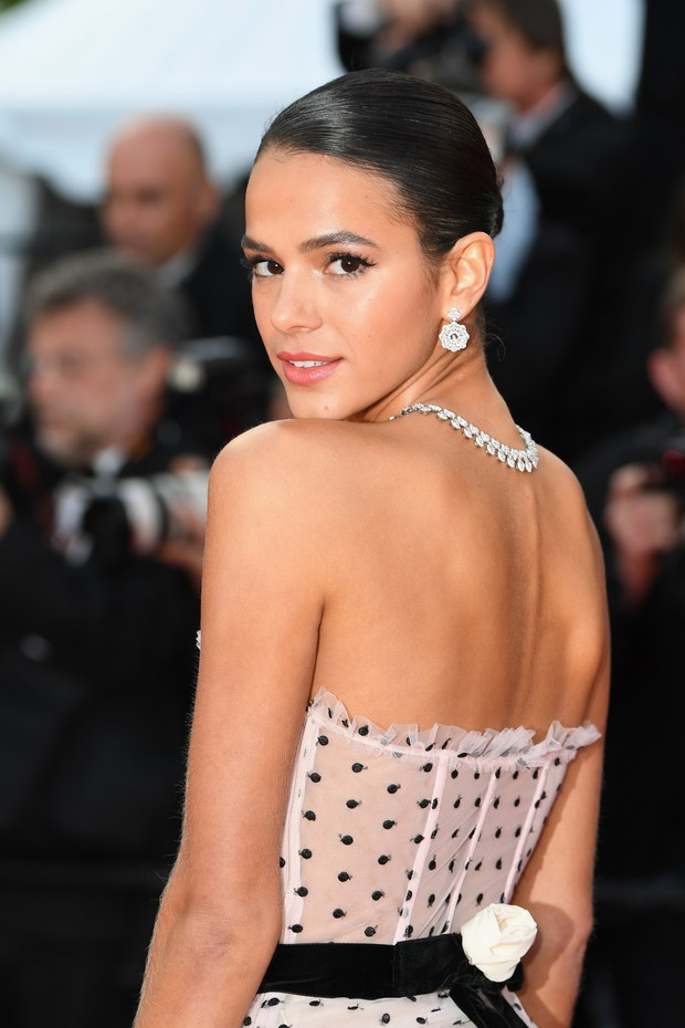 "CANNES, FRANCE - MAY 13:  Bruna Marquezine attends the screening of ""Sink Or Swim (Le Grand Bain)"" during the 71st annual Cannes Film Festival at Palais des Festivals on May 13, 2018 in Cannes, France.  (Photo by Pascal Le Segretain/Getty Images) (Foto: Getty Images)"