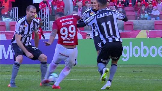 Kieza, Pimpão e Lindoso viajam para o Paraguai e reforçam Botafogo contra o Nacional-PAR na Copa Sul-Americana