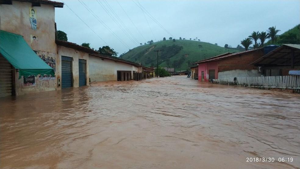 Marajá do Sena ficou alagada após forte chuva que caiu no último final de semana.  (Foto: Divulgação/TV Mirante)