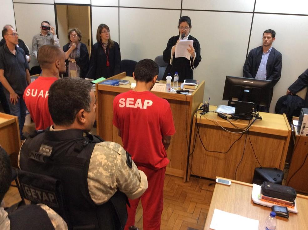 Réus foram condenados por homicídio triplamente qualificado (Foto: Reprodução Twitter Tribunal de Justiça de Minas Gerais (TJMG))