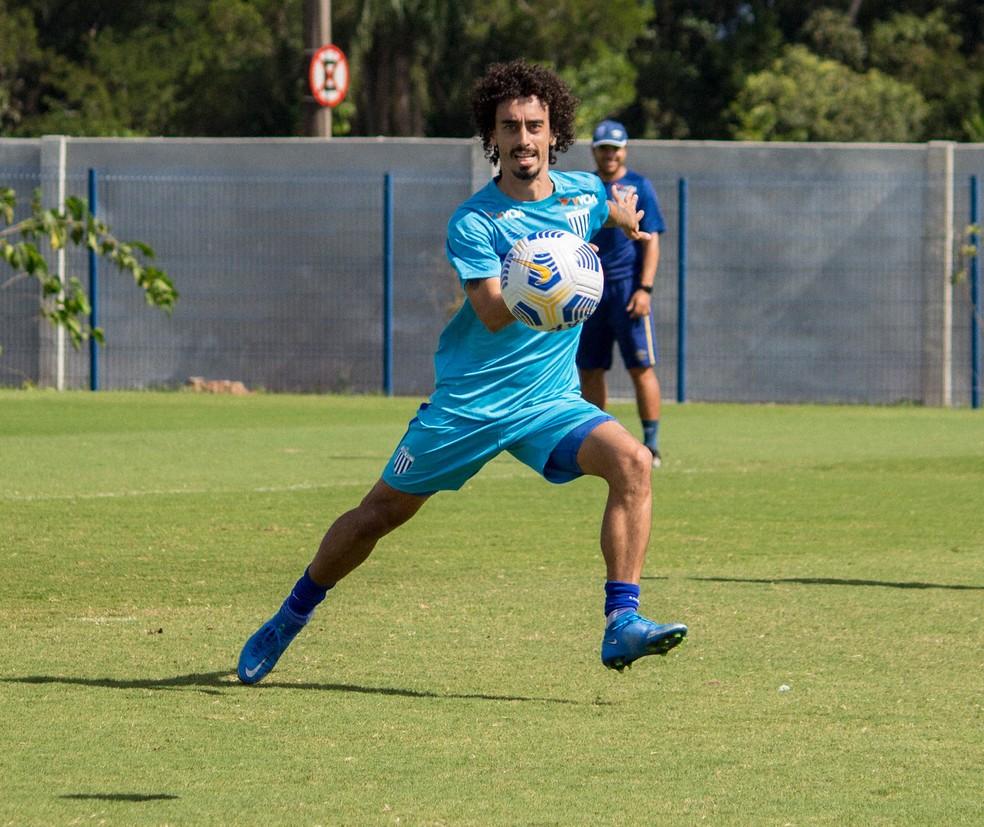 Valdívia espera conquistar títulos em sua passagem pelo Avaí — Foto: André Palma Ribeiro / Avaí FC