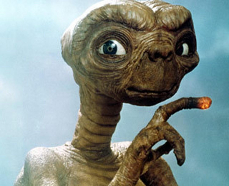 Cientista da NASA diz que ETs podem já ter visitado a Terra