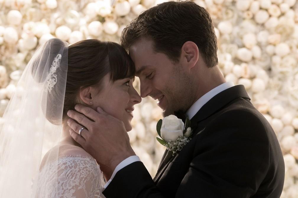"""Ana e Christian se casam em """"Cinquenta tons de liberdade"""" (Foto: Divulgação/Universal Pictures)"""