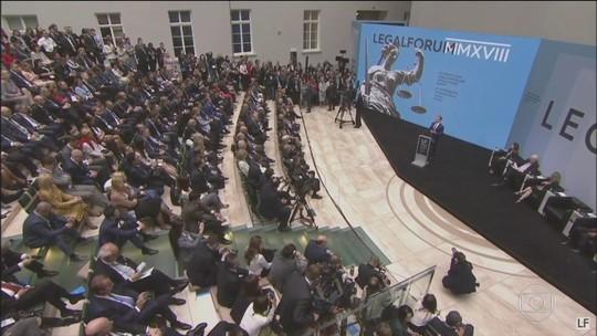 Fórum na Rússia reúne magistrados para discutir modernização da Justiça