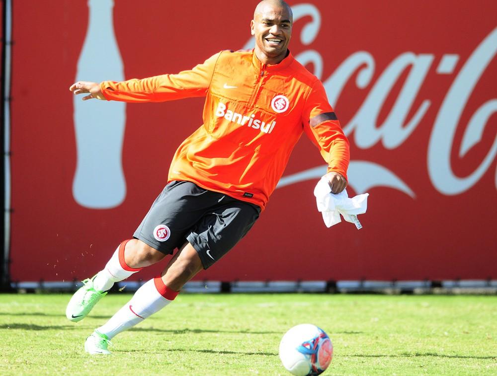 Rodrigo Moledo volta ao Beira-Rio