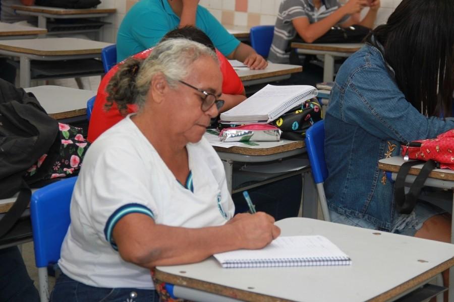 Confirmação de matrícula para candidatos a vagas do EJA em Alagoas começa nesta terça - Notícias - Plantão Diário