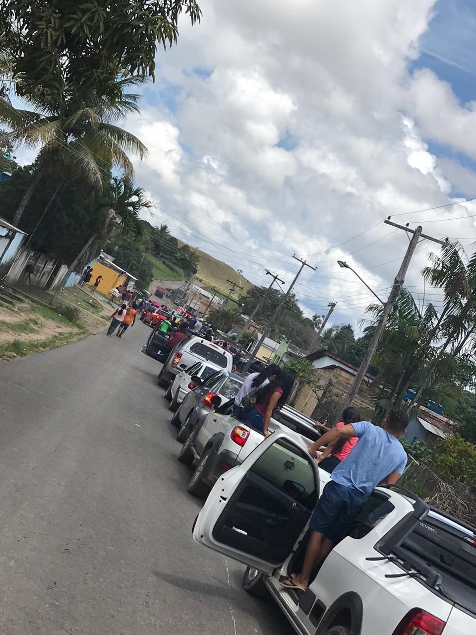 Moradores de Pacaraima cobram segurança na fronteira com a Venezuela em manifestação  - Notícias - Plantão Diário