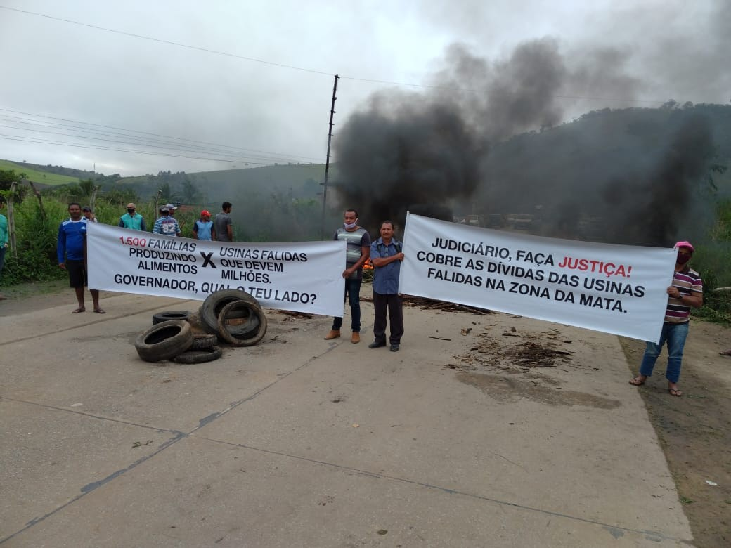 Em Jaqueira, protesto é realizado na PE-126 nesta segunda-feira (2)