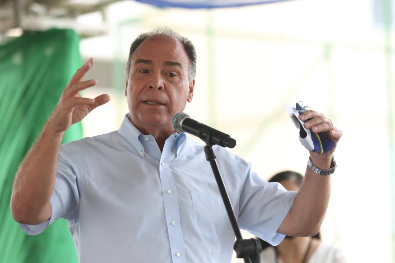 'Vamos aguardar primeiro a leitura correta dos fatos', diz líder do governo sobre ordem de afastamento de senador flagrado com dinheiro na cueca