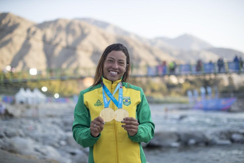 No Pan de Lima, Ana Sátila faturou dois ouros na canoagem slalom — Foto: Jonne Roriz/COB