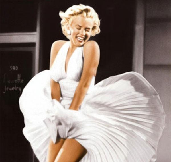 Vestidos que pertenceram à atriz americana Marilyn Monroe serão leiloados (Foto: Divulgação)
