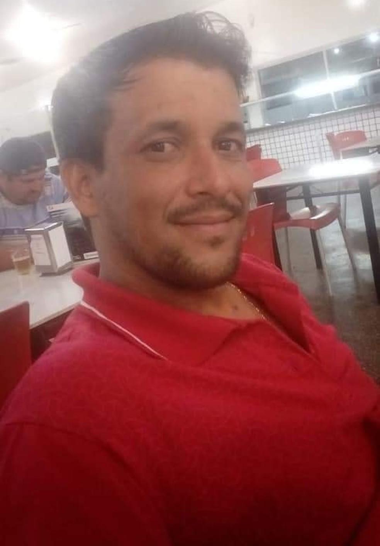 Cleber Antunes Matos estava desaparecido desde o dia 21 de maio, quando saiu para encontrar com uma pessoa em Nova Marilândia, — Foto: Facebook