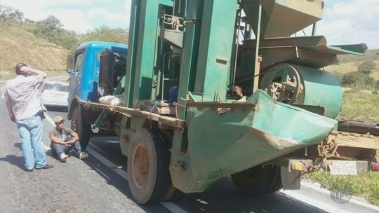 Polícia apreende caminhões que seriam de quadrilha especializada em roubos de café no Sul de MG