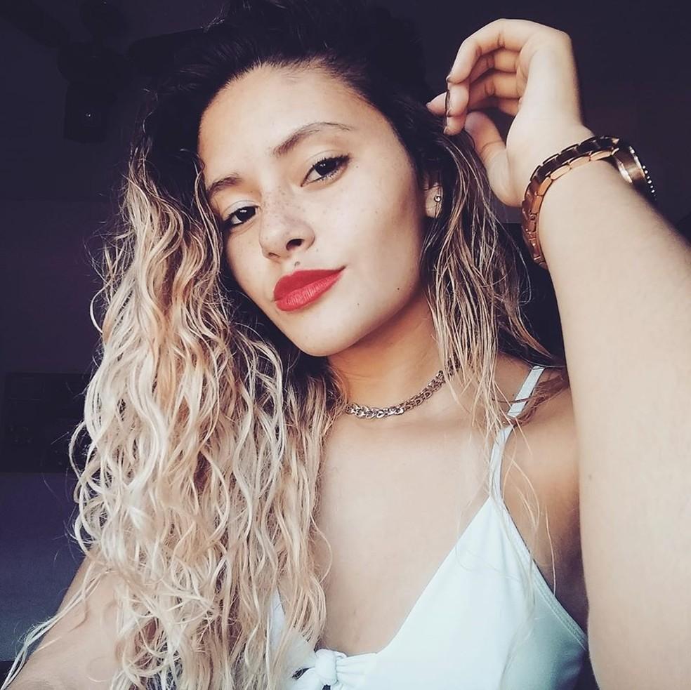 Thaissa Castro tinha 21 anos e era estudante de Educação Física — Foto: Reprodução/Redes sociais