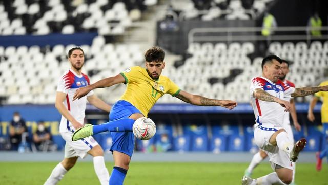 Lucas Paquetá marca e garante classificação