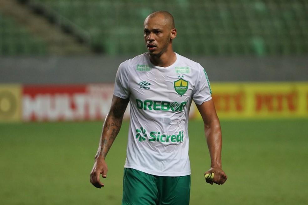 Anderson Conceição, zagueiro do Cuiabá no jogo contra o Cruzeiro — Foto: AssCom Dourado